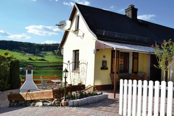Haus-Grenzenlos-Bischoffen-Aartalsee